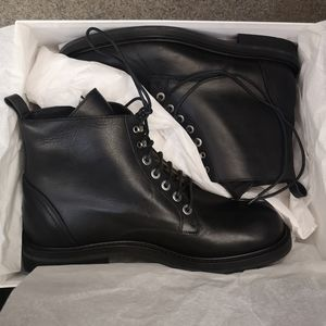 Theory Boreana Laced up Leather boots